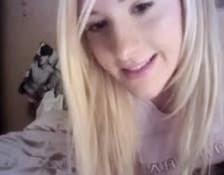 Malibog na Amerikanang Ex ng Tropa Ko, Nag-Show sa Webcam