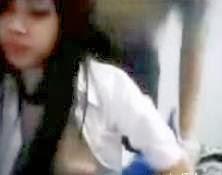 Estudyante ng Ateneo de Manila, Nagkantutan sa Harap ng Webcam
