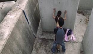 BOSO Patayong Kinantot si Diana Bago Pumasok sa Eskwela