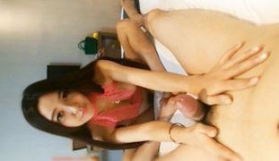 Chinese Nude Model Li Zixi Tinuhog ng Manyakis na Photographer