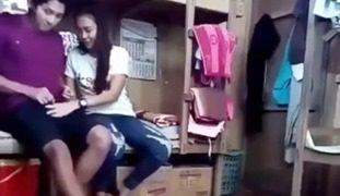 Pinay College Ninja Moves ang Mga Tarantado sa Bahay ni Lola