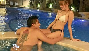 Pinay Freelance Model Having Sex in the Pool with Her Boyfriend
