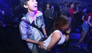Pinay Barkada Group SEX Kantutan, Gagawa Lang Daw ng Project