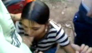 Gangbang Chupa sa Pa Walk na Classmate – Bente Bente Lang
