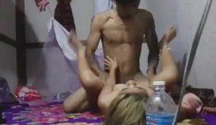 VIRAL Blondie Pinay Sales Lady SEX Video Kinarat sa Sahig